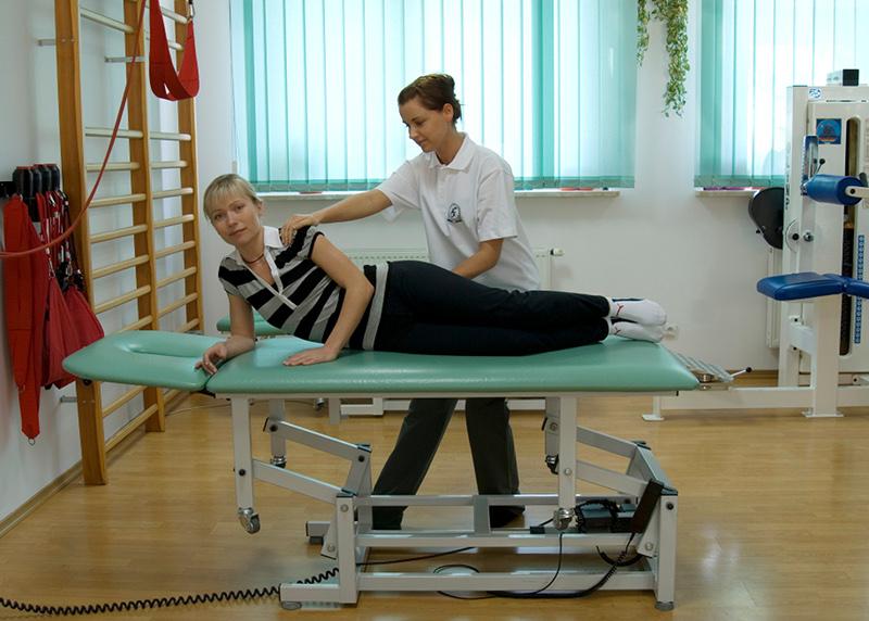 Zabieg fizjoterapeutyczny w CKR Konstancin