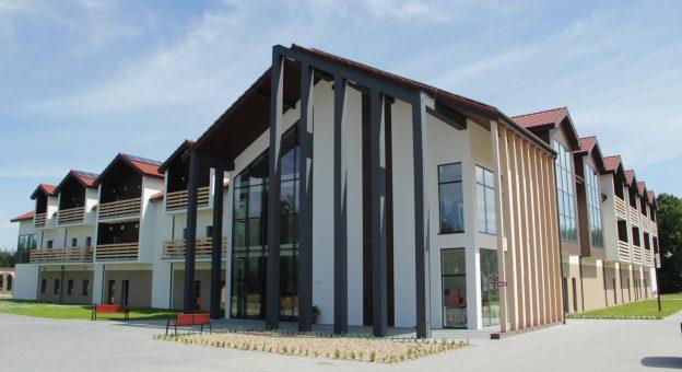 Budynek Leśnego Domu Seniora|